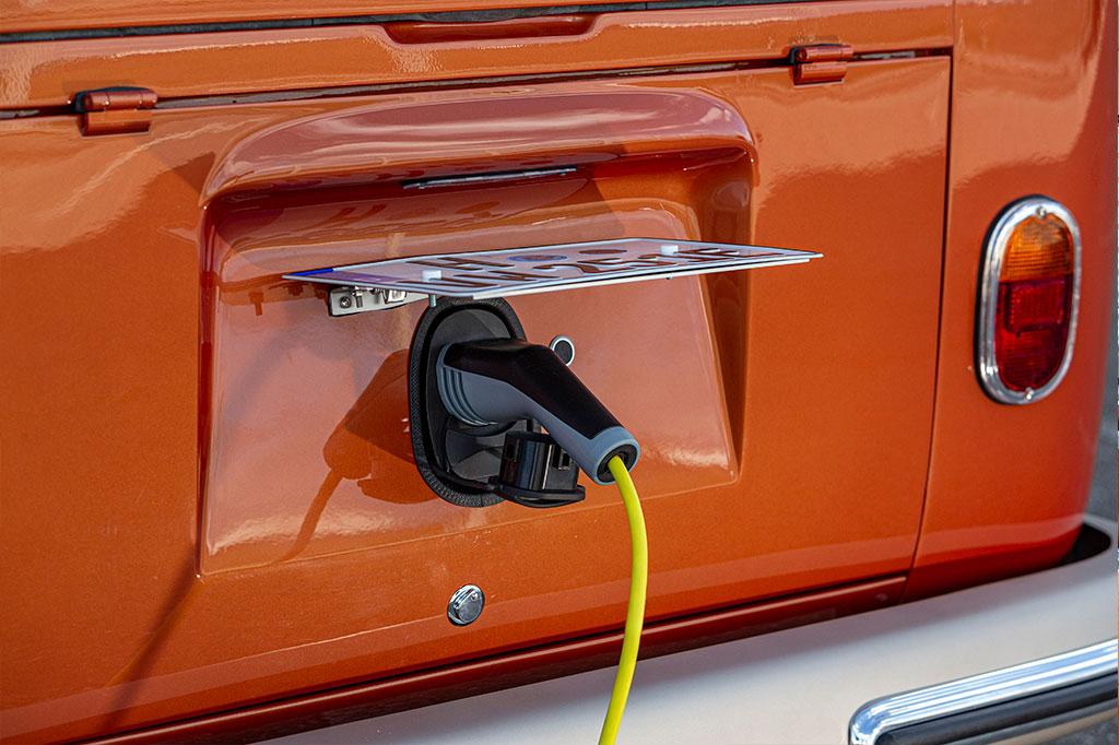 VW Bulli electric charging
