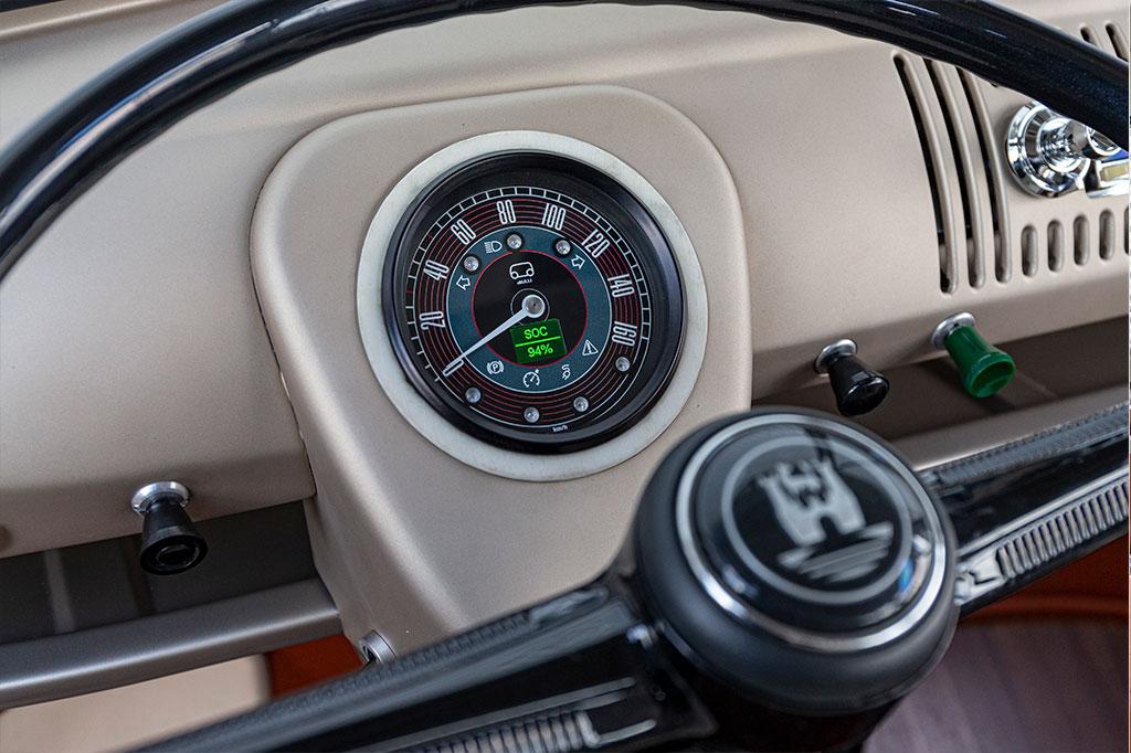 VW Bulli speedometer