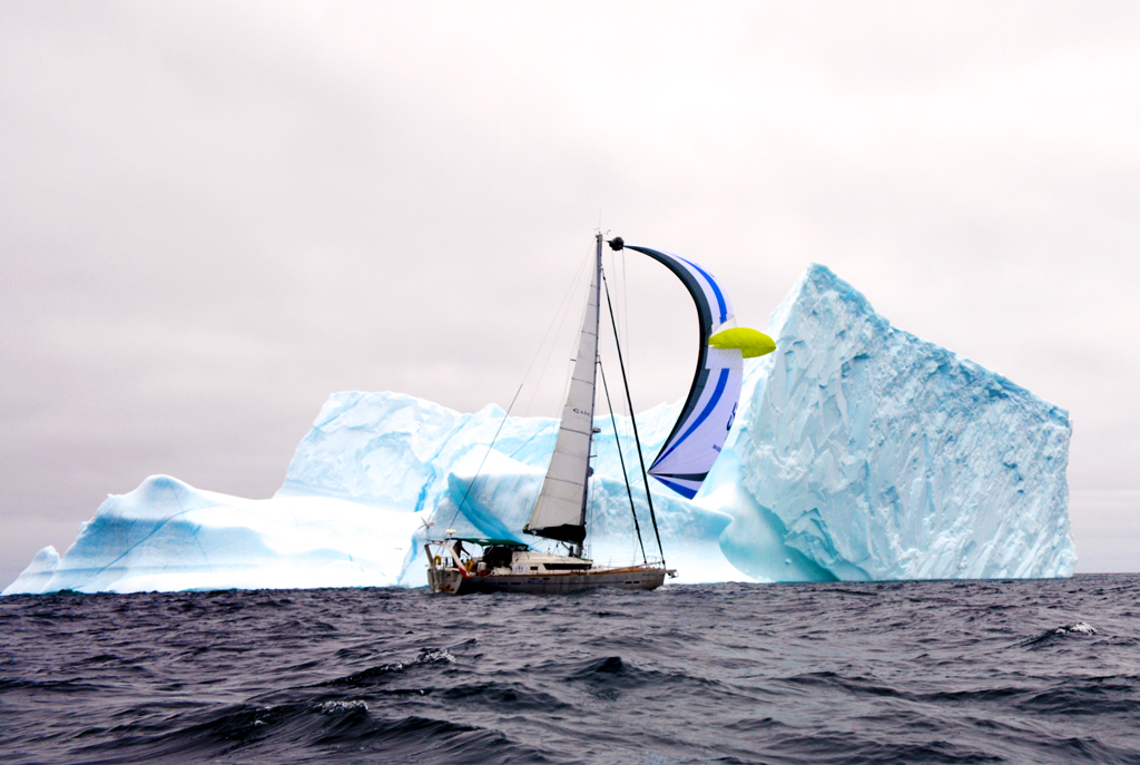 Fully electric boat, Aventura IV in the Northwest passage