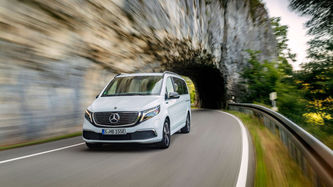 Mercedes Benz travelling through tunnel