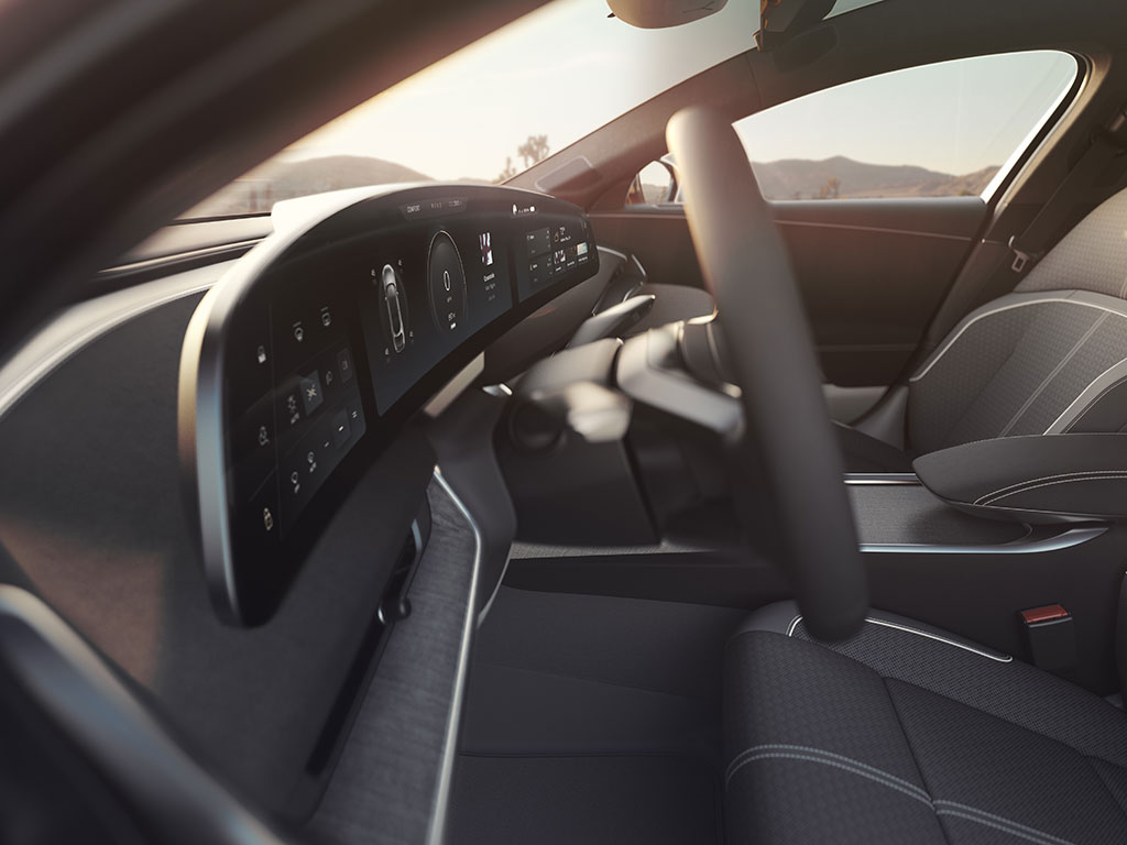Lucid Air 34-inch curved Glass Cockpit 5K display