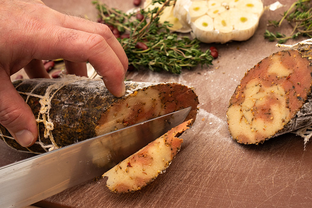 Volta Rudys Food Close Up 1