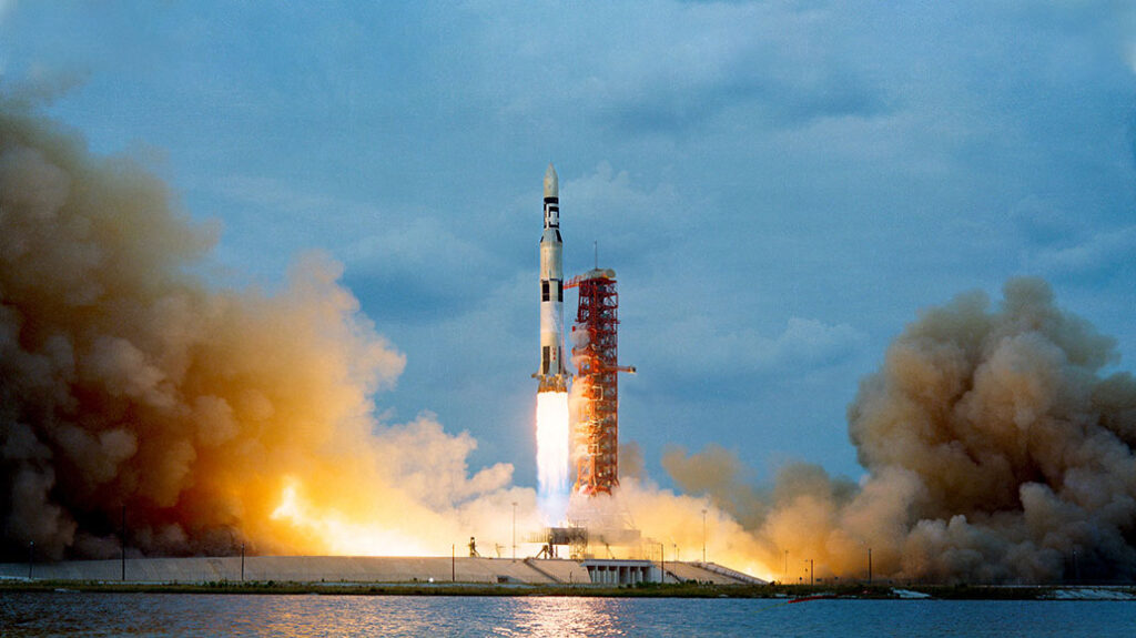 Volta Feature Saturn V Skylab Station Launch2