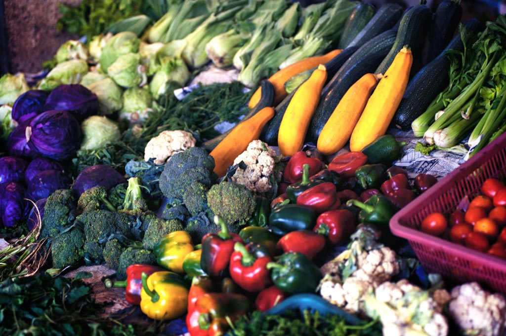 A more flexitarian diet of fruit and vegetables on a daily basis could spare over 98,000 deaths by 2040