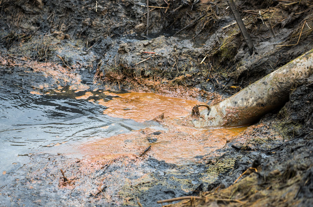 Sewage Water pollution in river