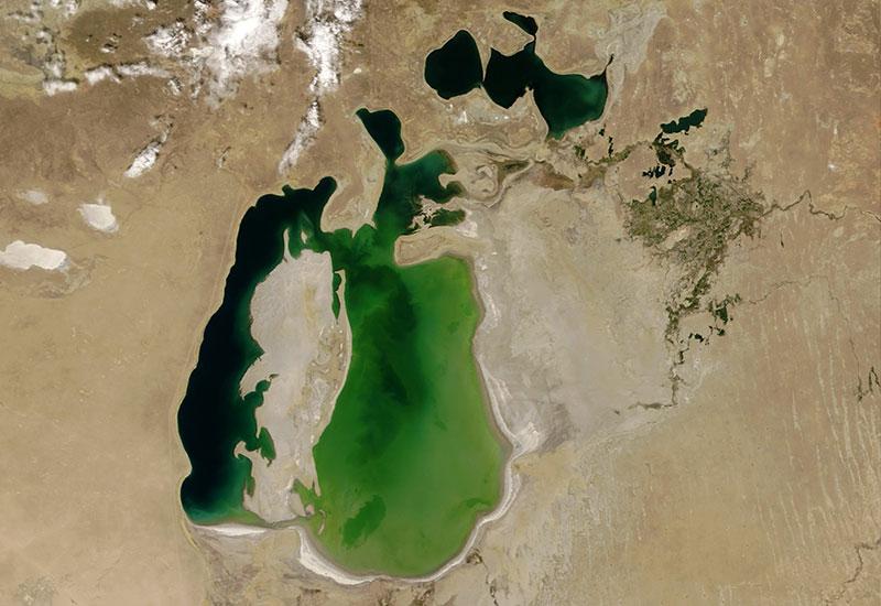Aral Sea in 2000